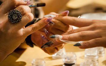 akcesoria do malowania paznokci