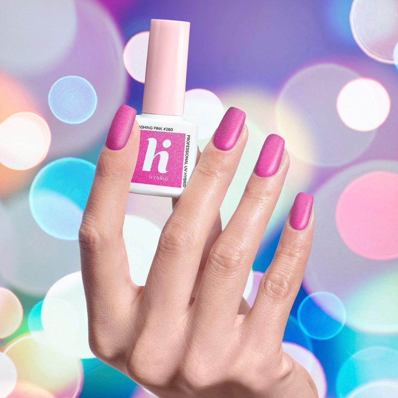 Jak wykonuje się manicure hybrydowy?