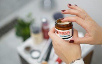 skóra atopowa wymaga stosowania specjalnych kosmetyków