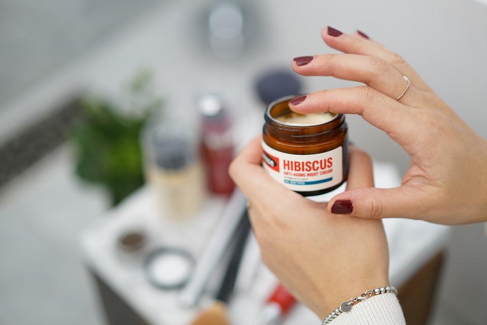 Atopowe zapalenie skóry – jakie kosmetyki wybrać?